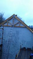 Mounting Roof Trusses